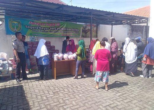 Gelar Bazar Murah EO Lumbung Pangan Gandeng Kelurahan Pangongangan