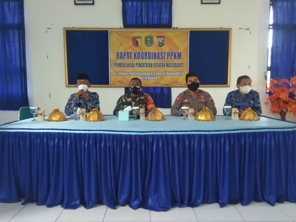 Kelurahan Pangongangan Laksanakan Pertemuan PPKM
